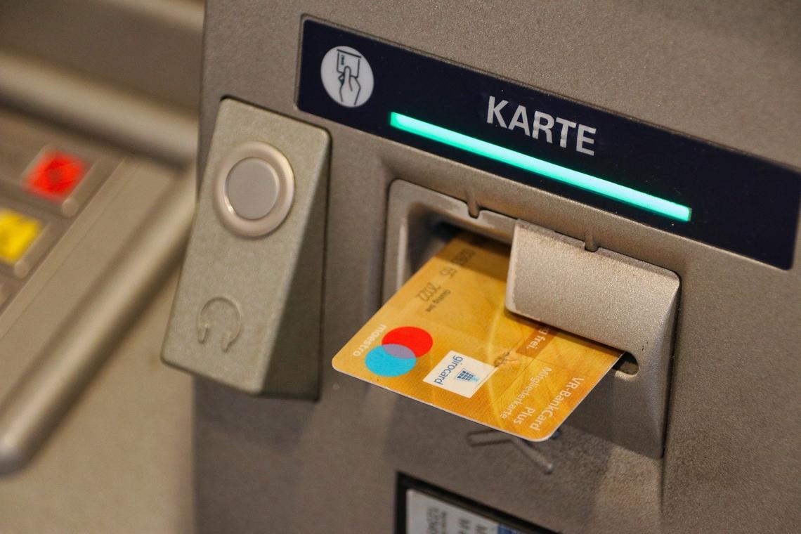 val-cenis-lanslevillard-distributeur-bancaire-dab