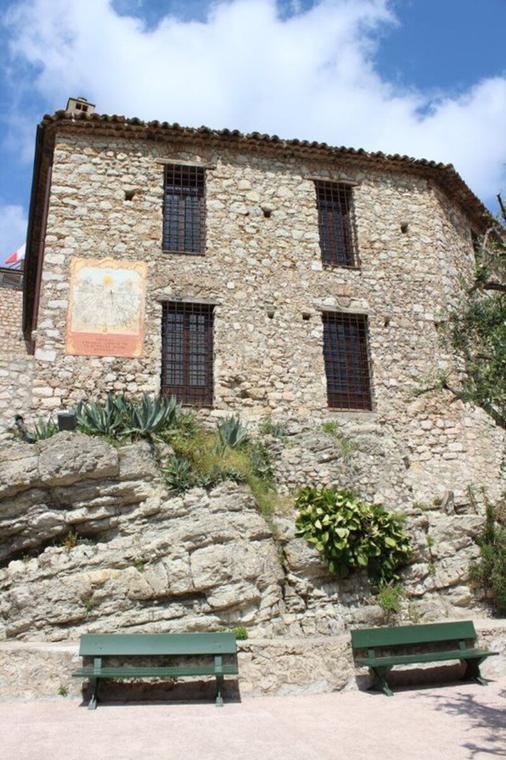 Château Lascaris