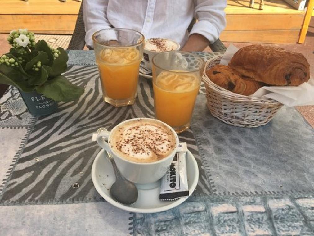 Sa'Vane Café