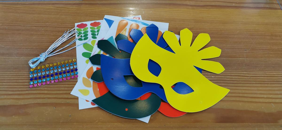 Atelier masque du Carnaval