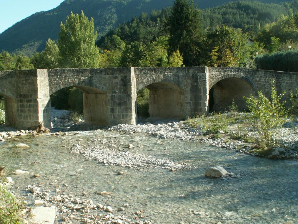 Pont de la Vaïre