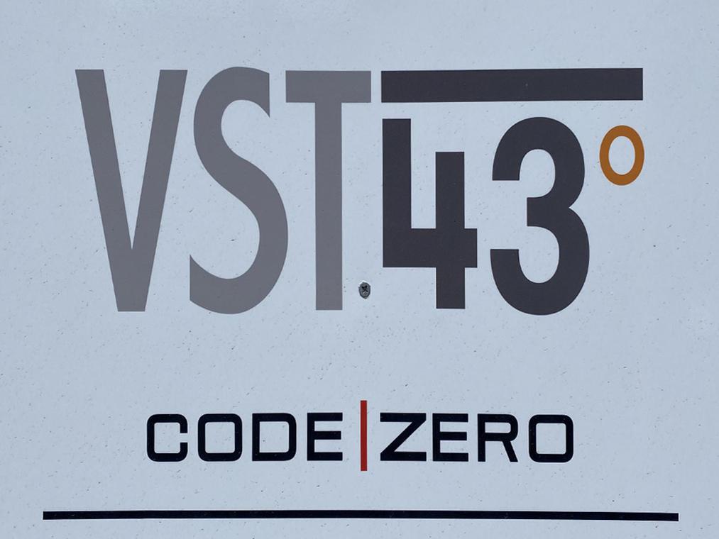VST43°