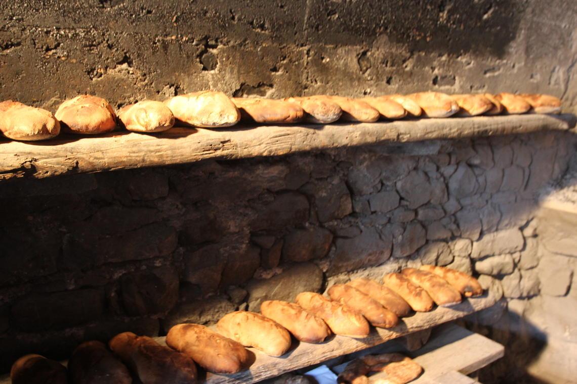 Ancelle pain cuit au four