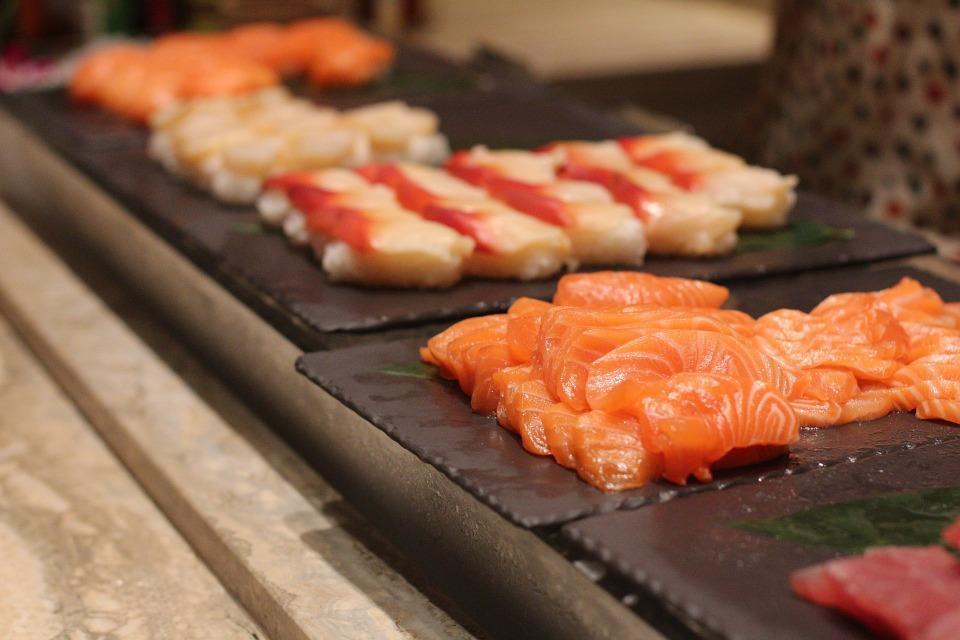 Kinda sushi bar