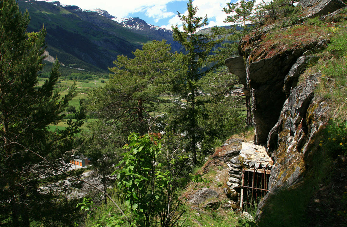 val-cenis-sollieres-archeologie-grotte-balmes