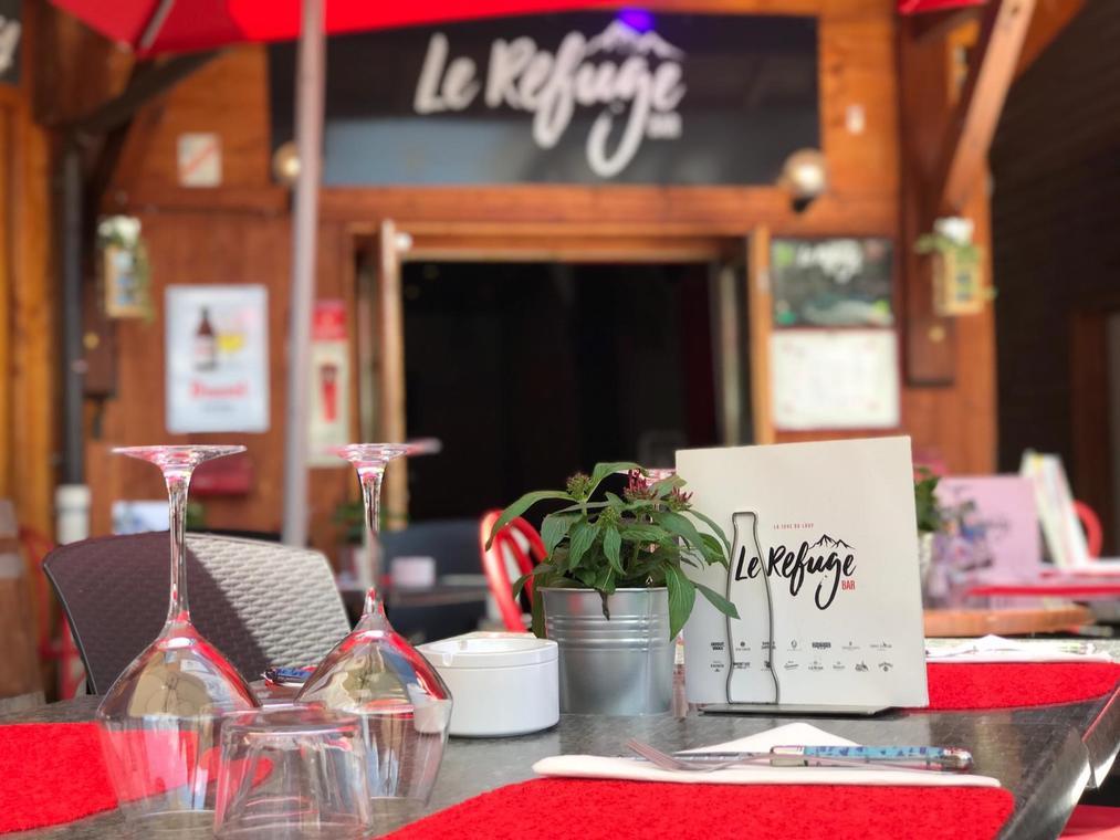 Le Refuge Bar