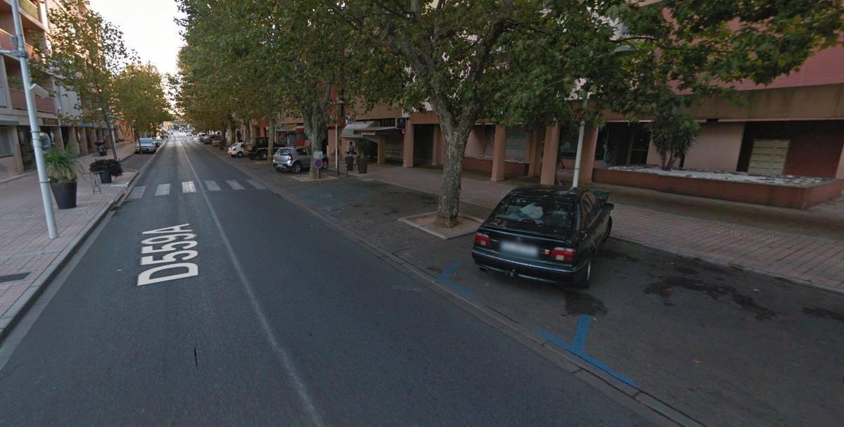 Parkings de l'Avenue Albert-Roux à La Londe les Maures