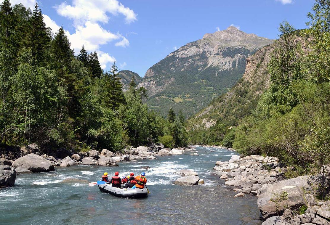 Apache Rafting