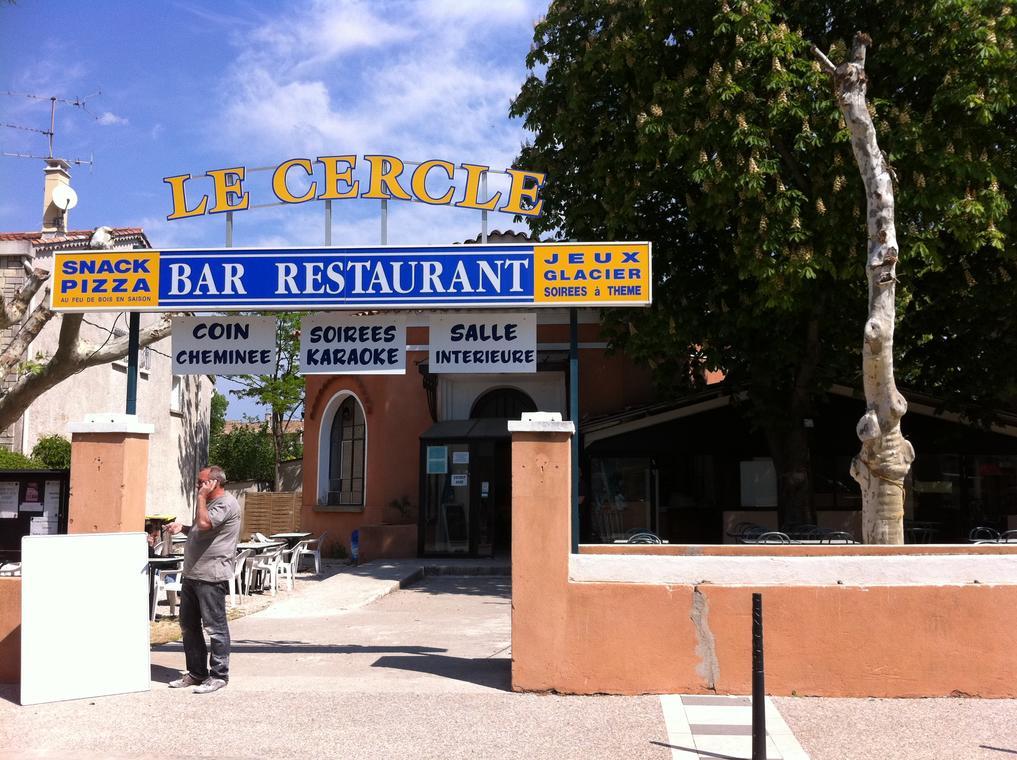 Le Cercle et son Assiette Provençale - Nans les Pins