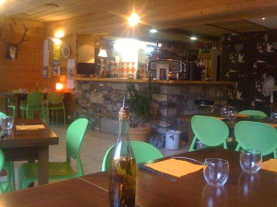 val-cenis-lanslevillard-pizzeria-bois-de-cerf