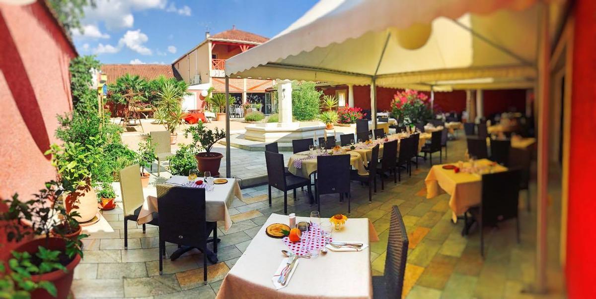 Restaurant La Toque Rose à Malafretaz