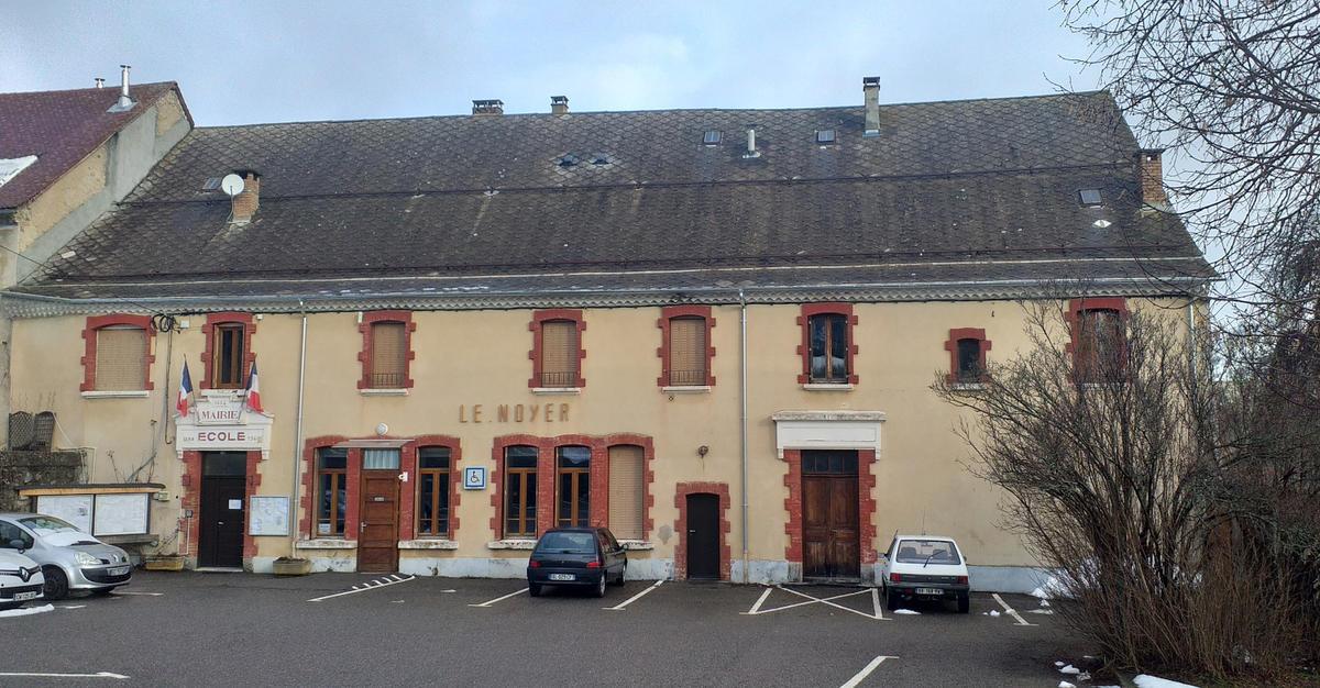 Mairie Le Noyer