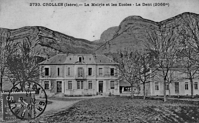 1920__la_mairie_et_les_ecoles_cl.jpg