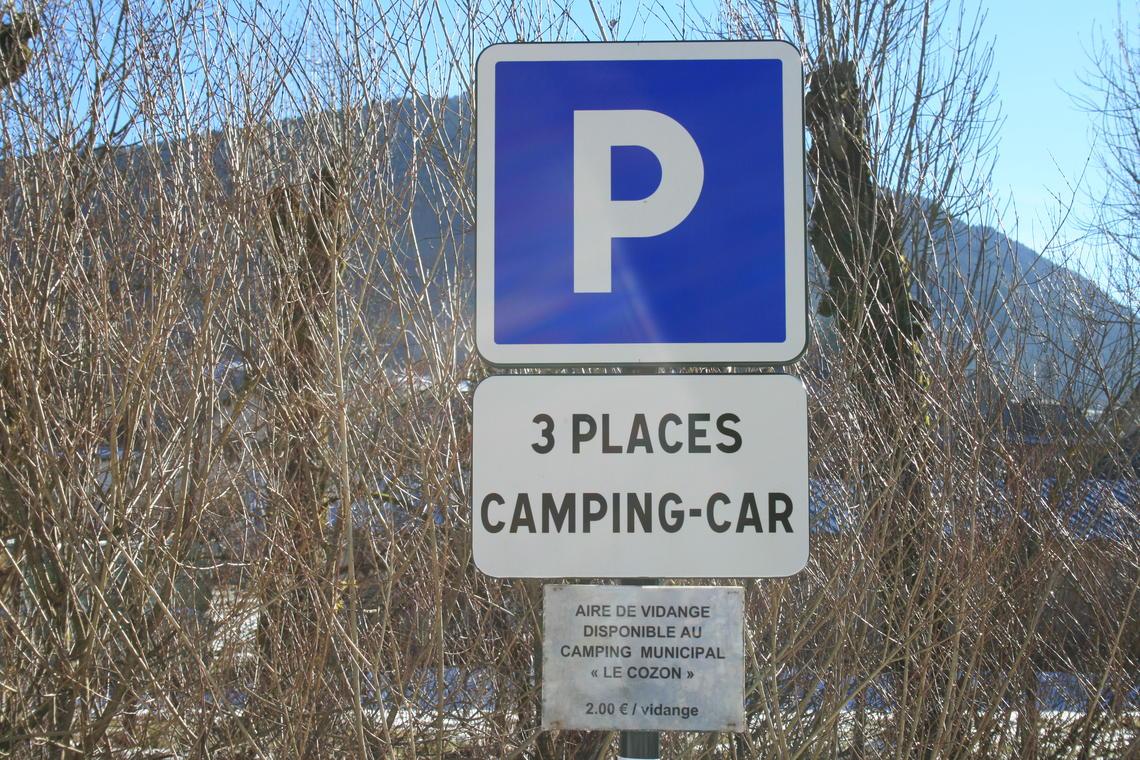 Aire de stationnement pour camping-car - St Pierre d'Entremont
