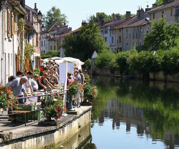 champagne 52 joinville quai des bouquinistes.