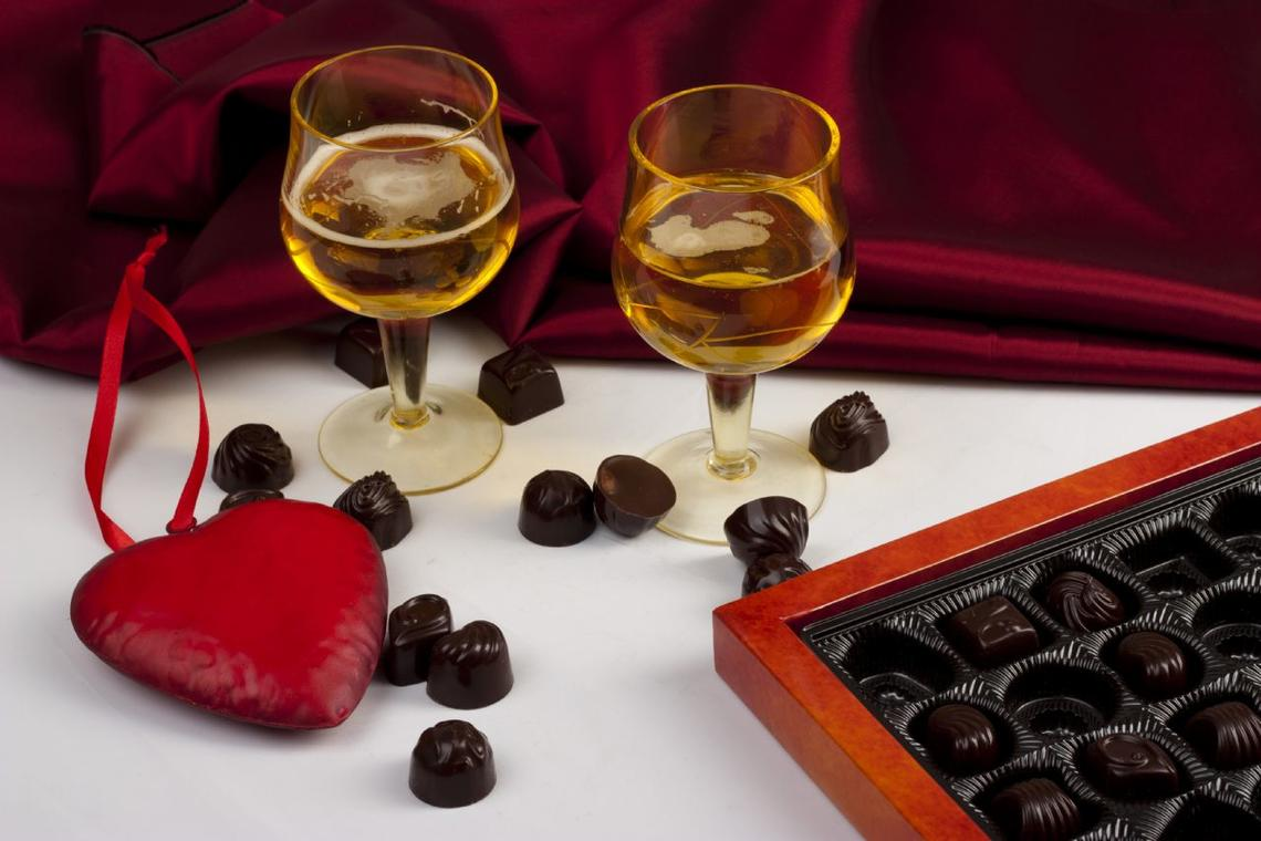 champagne 52 manifestations saint valentin chocolats mdt fotolia 38352654.