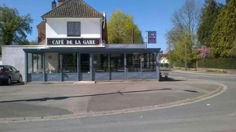 Cafe-de-la-gare-01-2