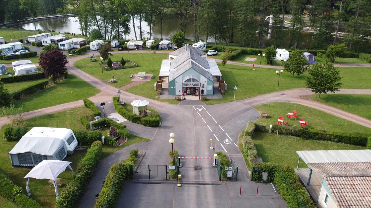 Camping municipal le Lac de Condé_entrée<Le Nouvion-en-Thiérache<Aisne<Picard