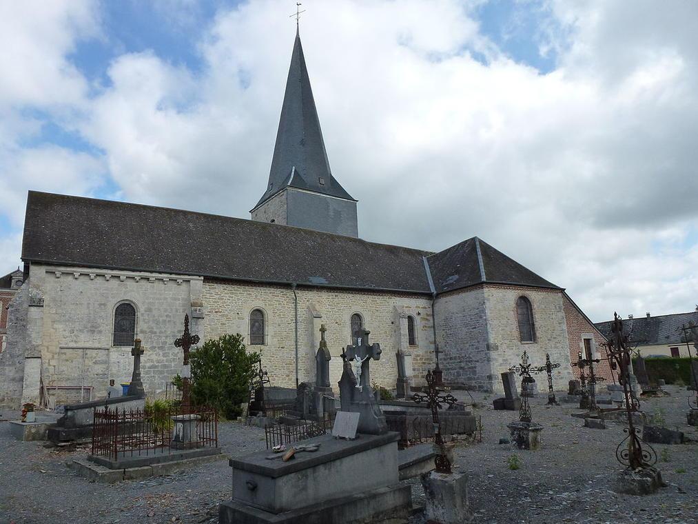 Eglise fortifiée < Any Martin Rieux < Aisne < Picardie