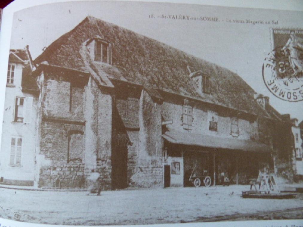 Entrepot-quai-Lejoille