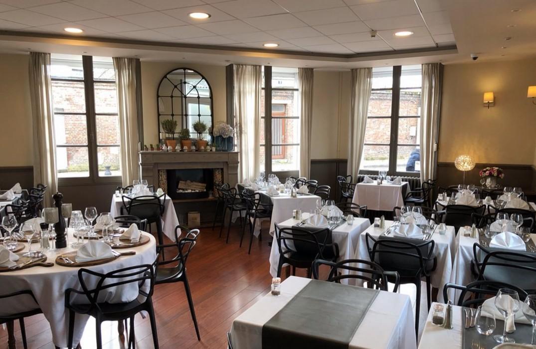 HOTPIC080V507GQ2-La-Caroline-salle-de-restaurant-Corbie-Somme-HautsdeFrance