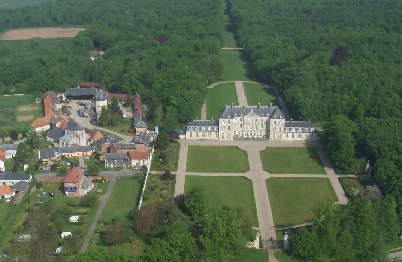 Camping du chateau_vue aerienne_Bertangles_Somme_Picardie