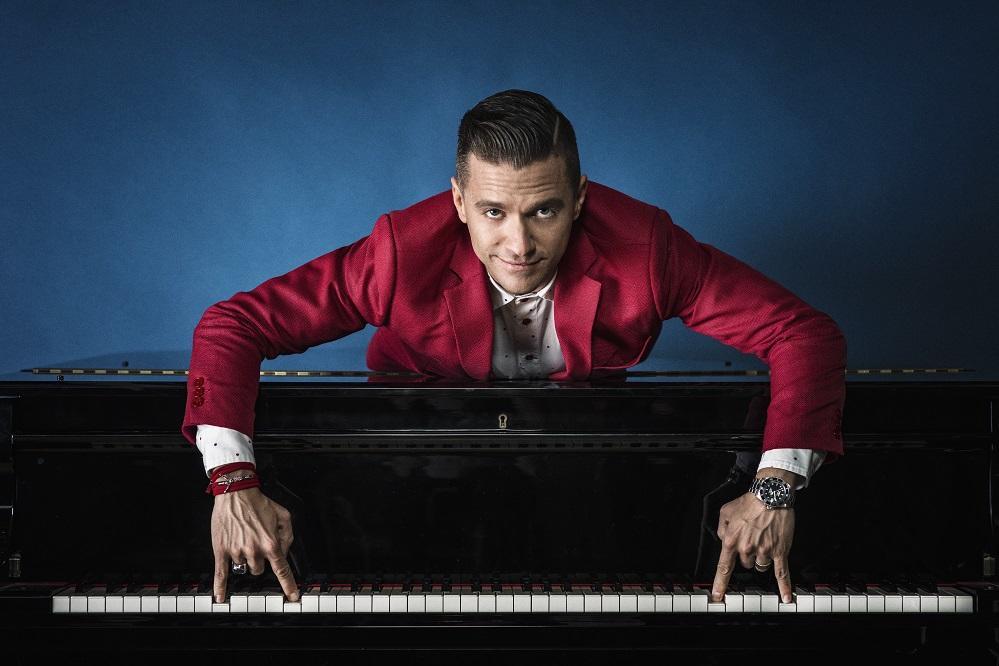 Matthew au Piano