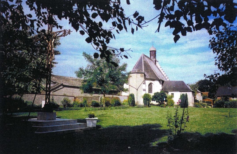 PCUPIC0800011130_chapelle_ext_monflières_somme_picardie © Somme Tourisme