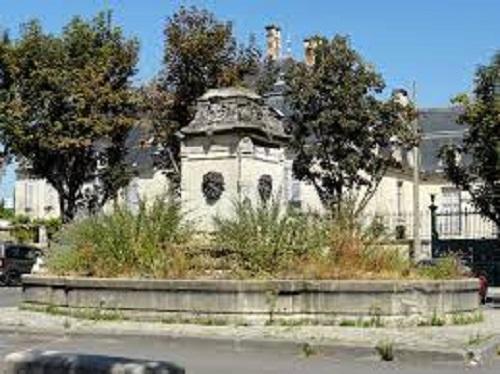 fontaine de la grand place