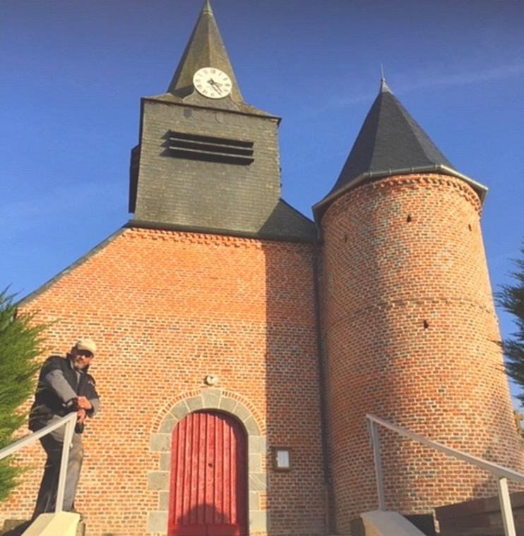 Eglise fortifiée < Froidestrées < Thiérache < Aisne < Hauts de France