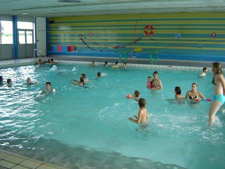 piscine < Bohain-en-Vermandois < Aisne < Picardie