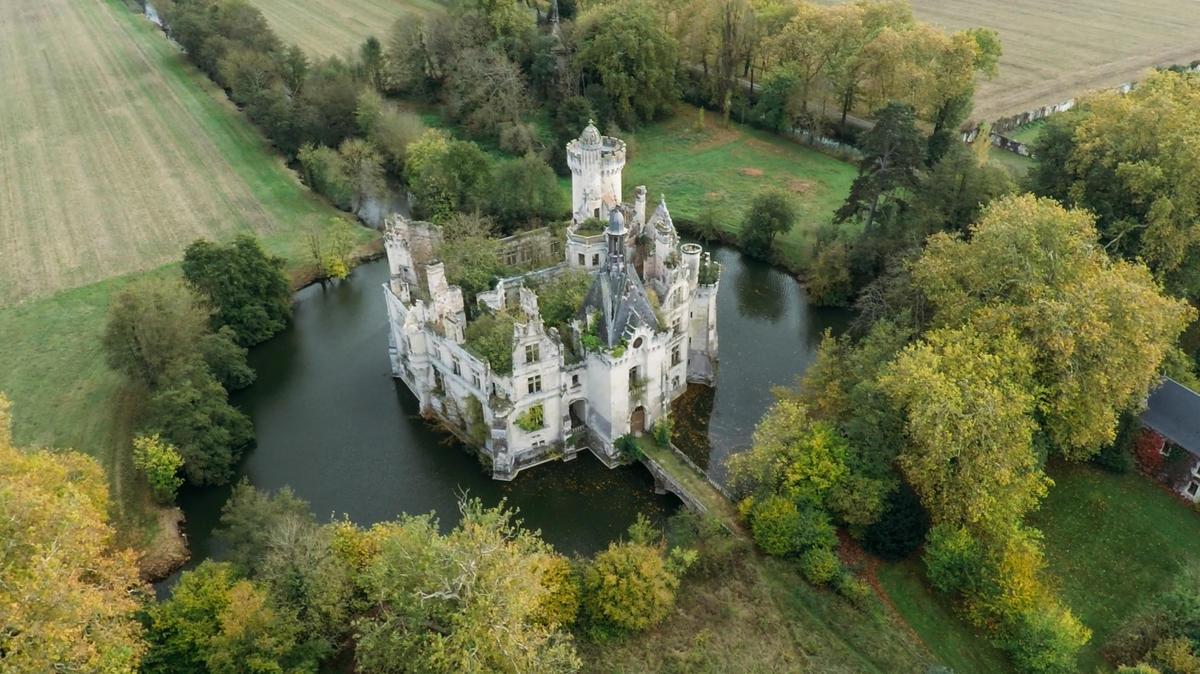 13_château de Mothe-Chandeniers.jpg_1