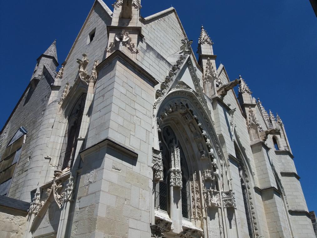 Eglise St Hilaire (1).jpg_1
