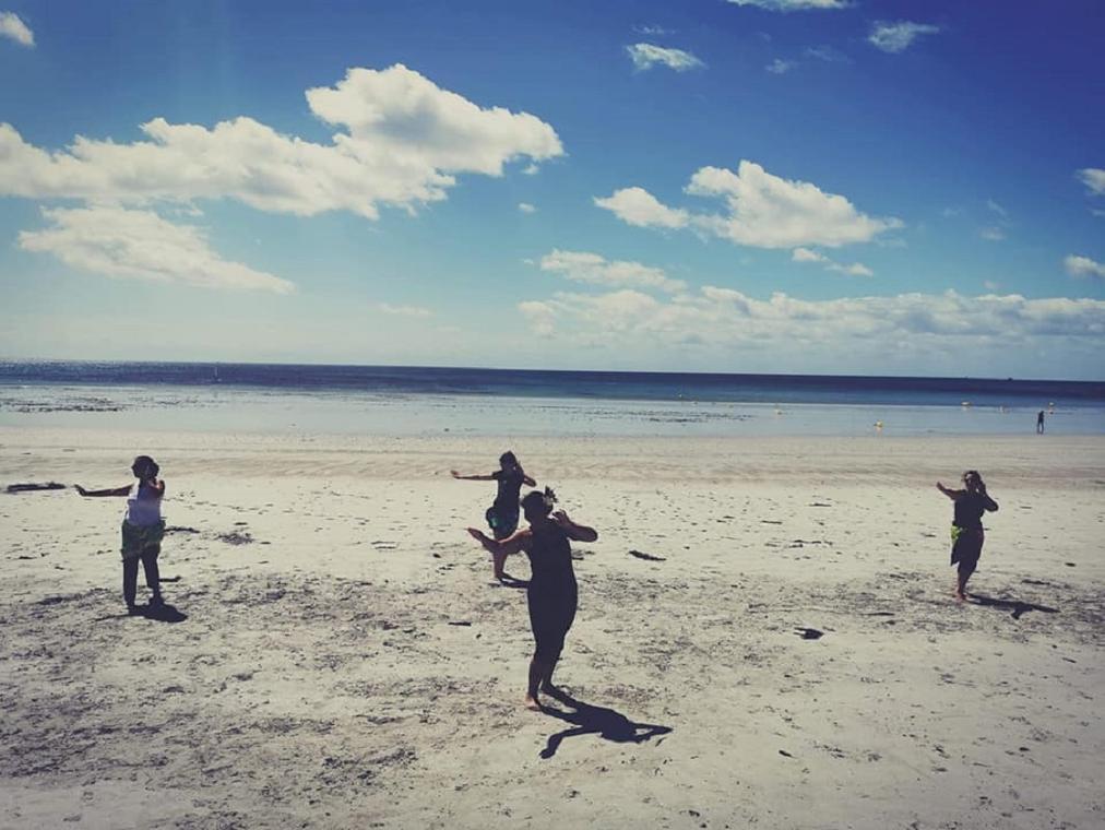 Festy beach - Initiation à la danse tahitienne - Guilvinec - Pays Bigouden