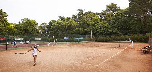 tennis carantec