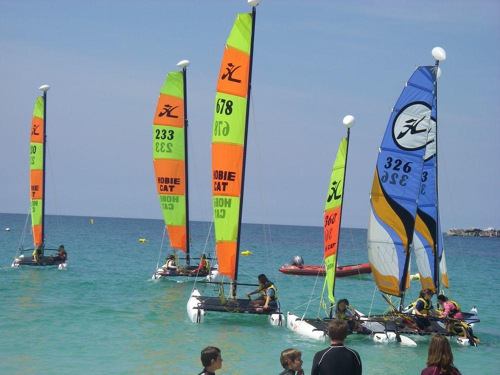Cléder-stage catamaran