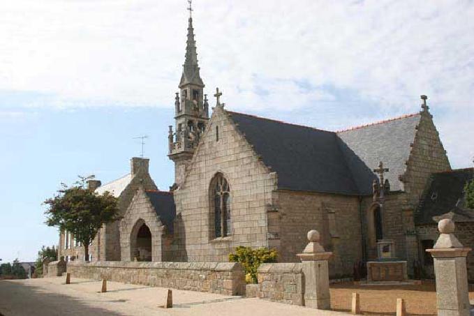 Eglise Saint Léonore et Sainte Anne