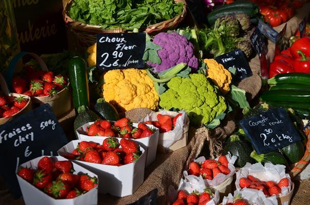 Marché légumes et fruits