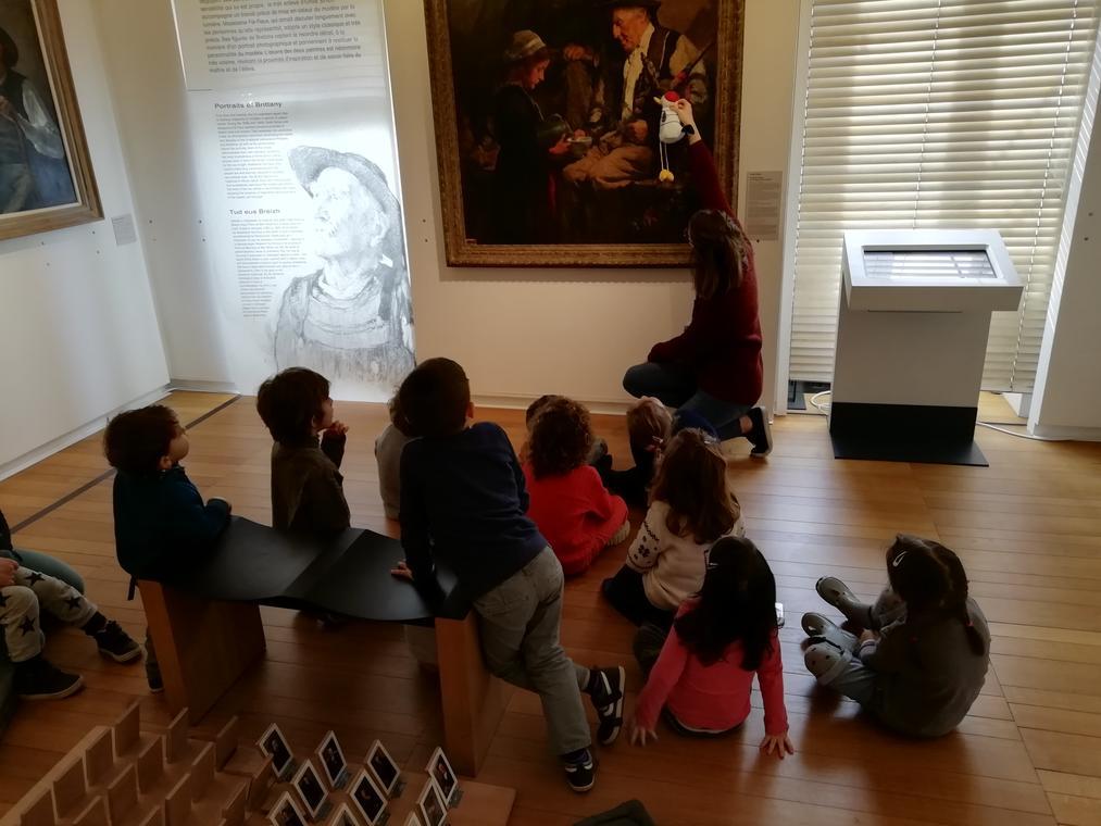 musee departemental breton-quimper-balade-contee-3-6-ans
