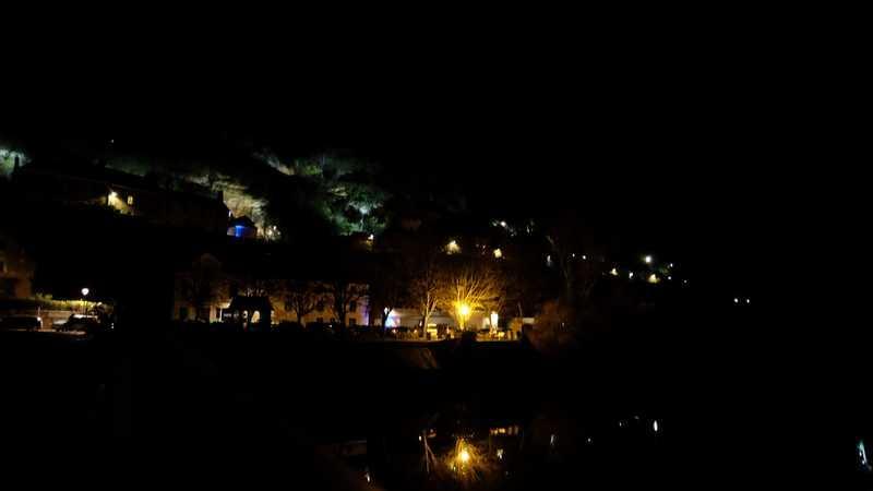 Nuit-des-lumières-à Trôo-(cité-troglodytique)