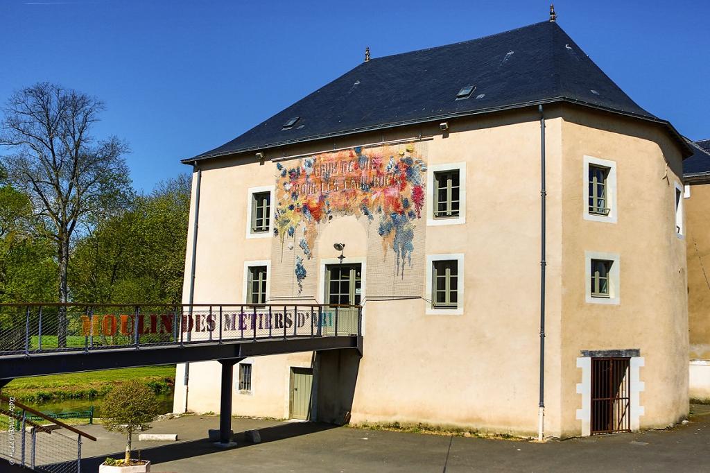 vallee-de-la-sarthe-Boutique-metiers-art-Moulin-a-couleurs