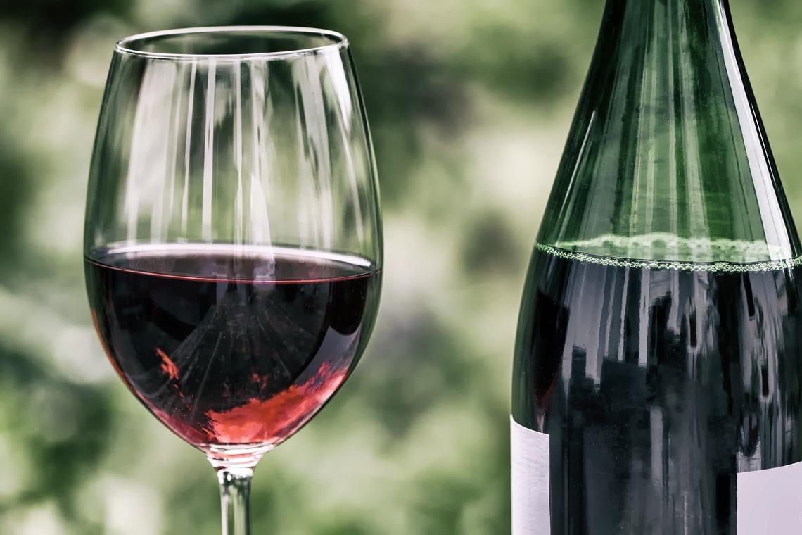 wine-2408620_1920 (2)