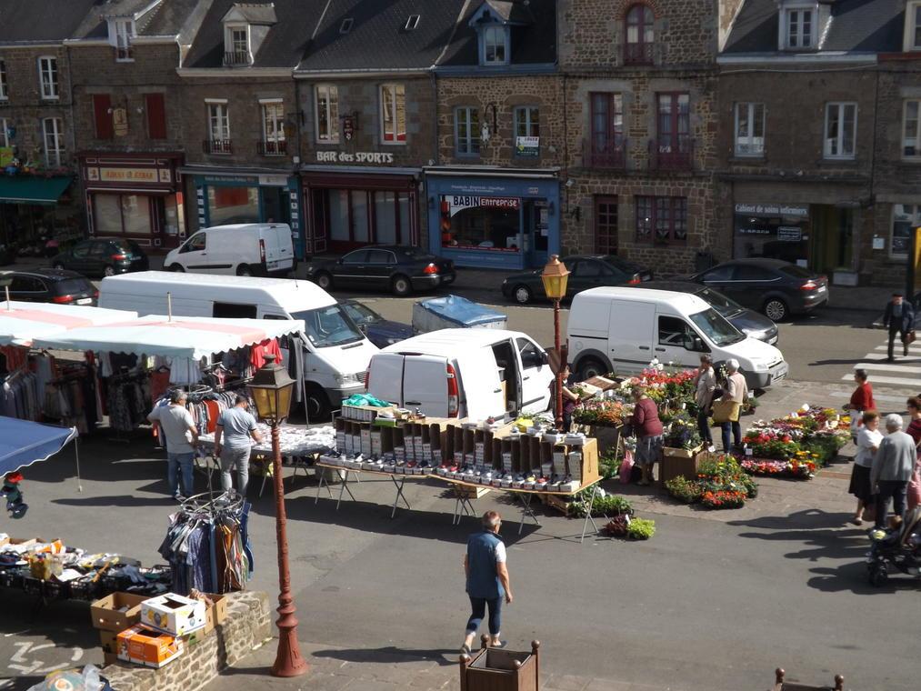 marché-Lassay-les-Chateaux