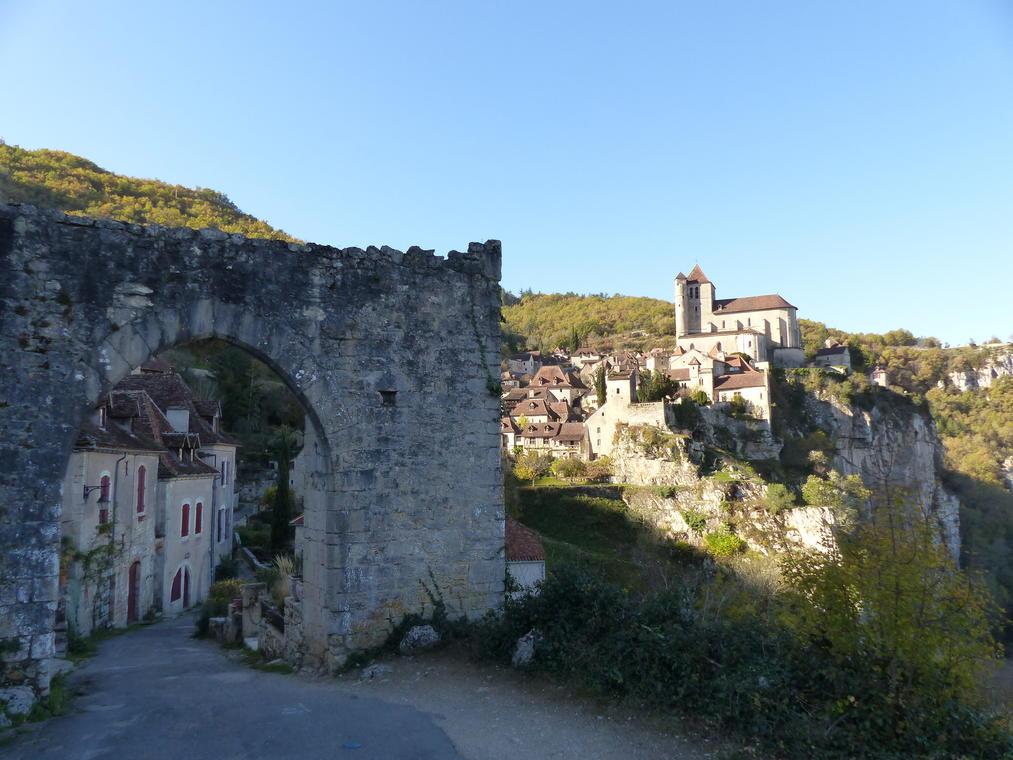 171107 porte de la pelissaria st cirq lapopie©E.GUY CASTELNAU-OT Cahors-St Cirq Lapopie