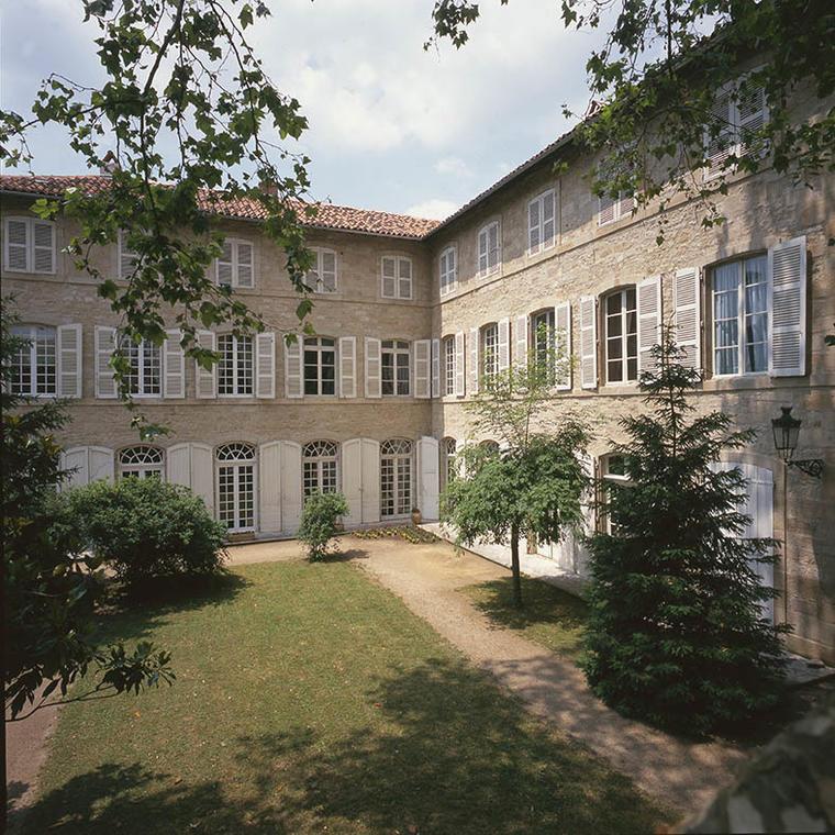 La sous-préfecture, ancien hôtel de Salgues