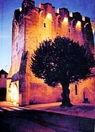 Visite libre de l'église fortifiée XIIIe siècle Saint-Martial