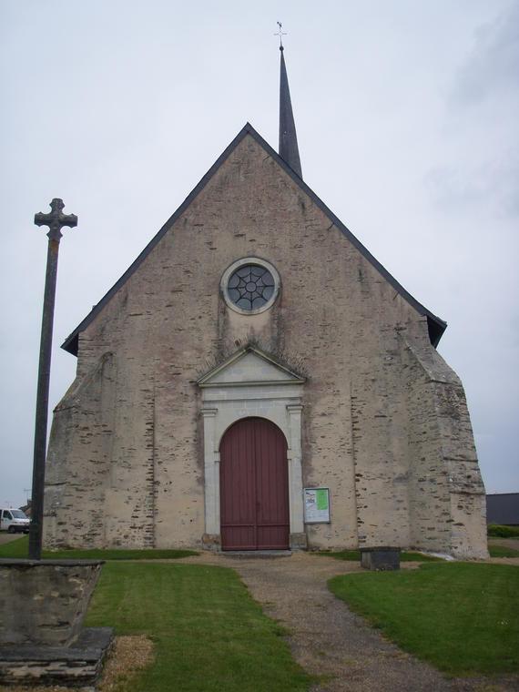 église-Saint-Aubin-Pouancé-49-pcu-photo1