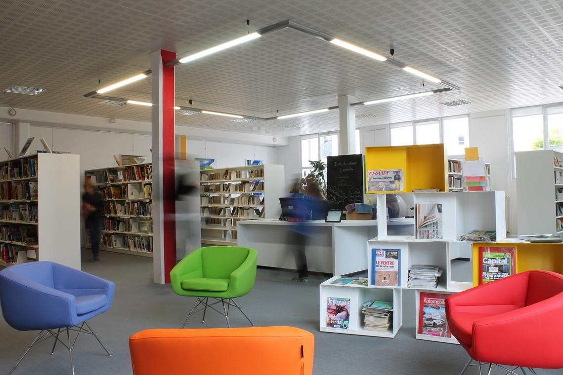 bibliotheque-la-virgule-44-loi-1