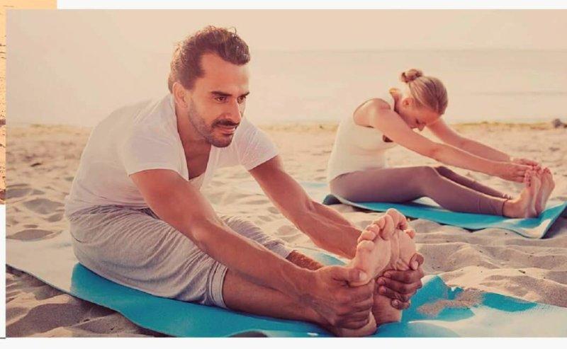 Affiche-yoga-été-foncé-page-001-scaled-e1594825427871-800x493