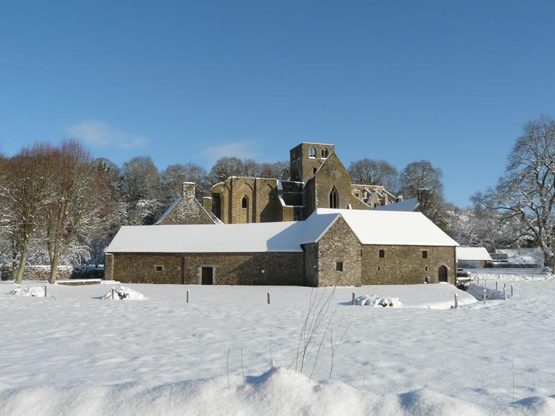 Hambye_Abbaye-sous-la-neige